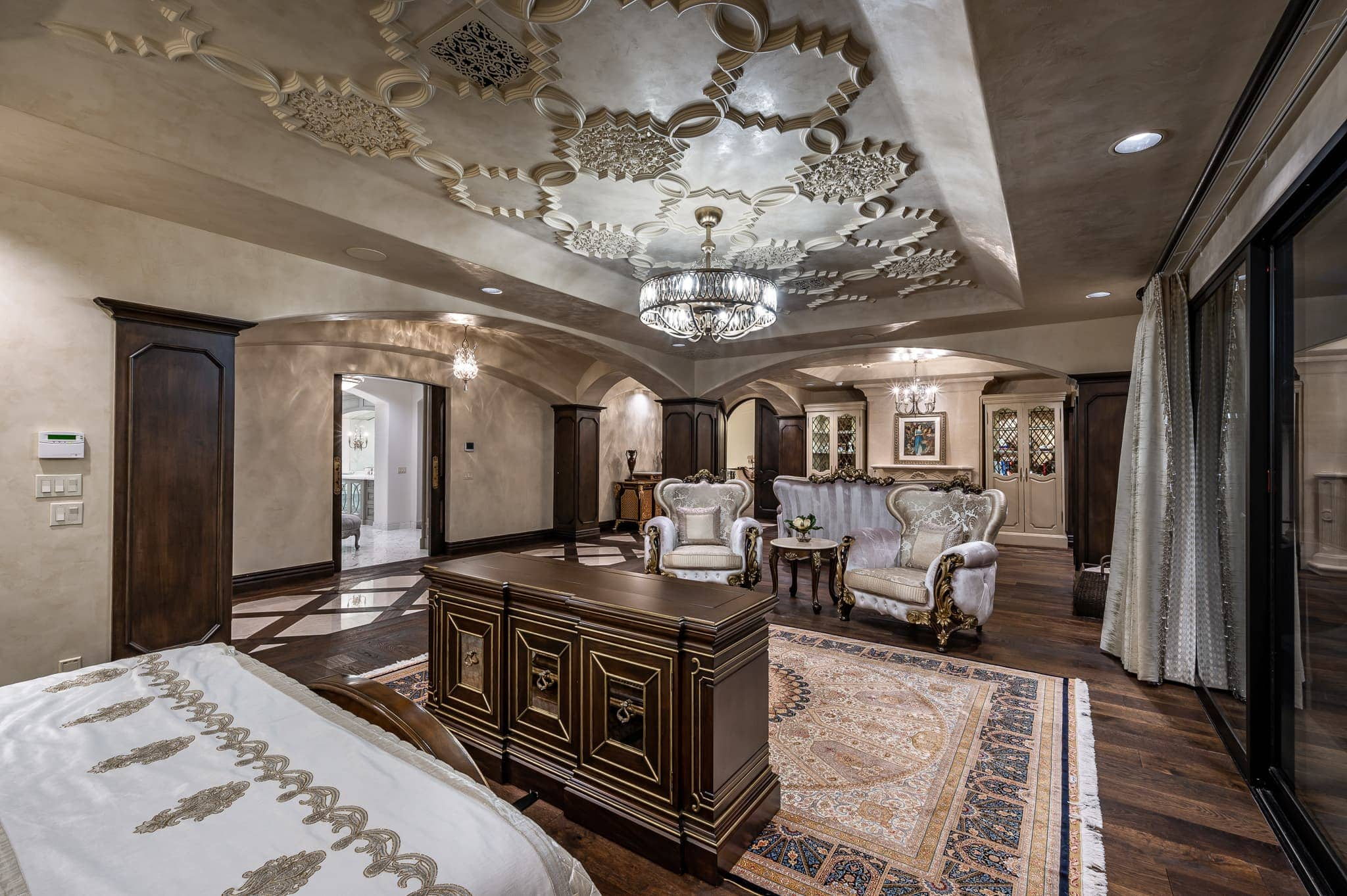 paradise villa master suite